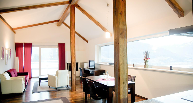 Hotel_Der_Sonnberg_Wohnbereich1_online-1500