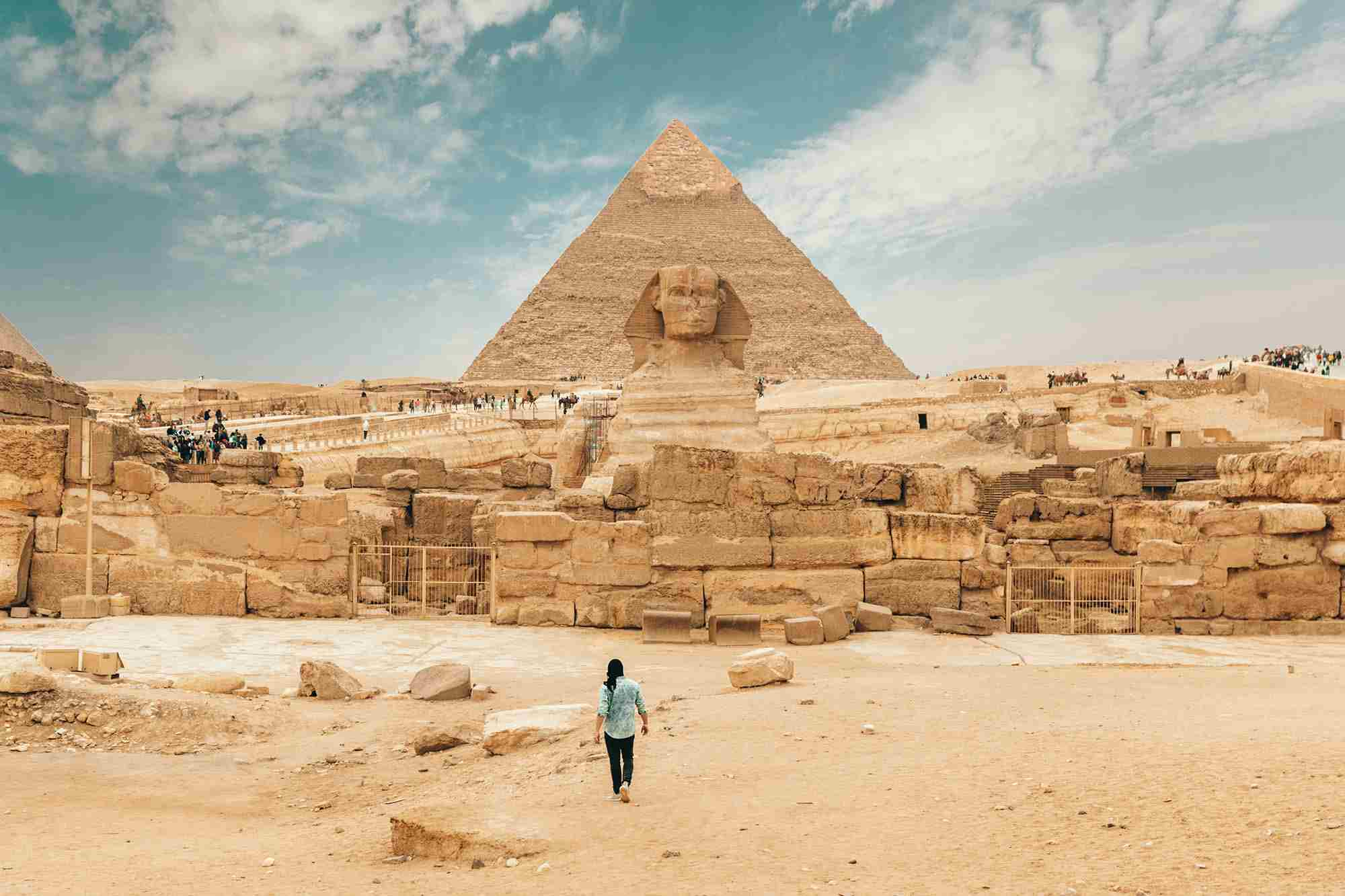 Erkunden Sie die geheimnisvolle Geschichte der ägyptischen Pharaonen während einer exklusiven Privatreise.