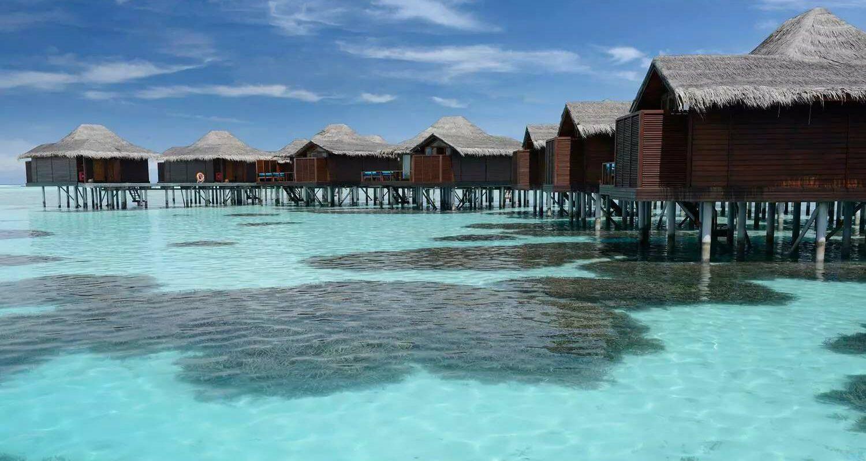csm_Anantara_Veli_Maldives_Resort_Water_Bungalow_Header_5a94d36ad5