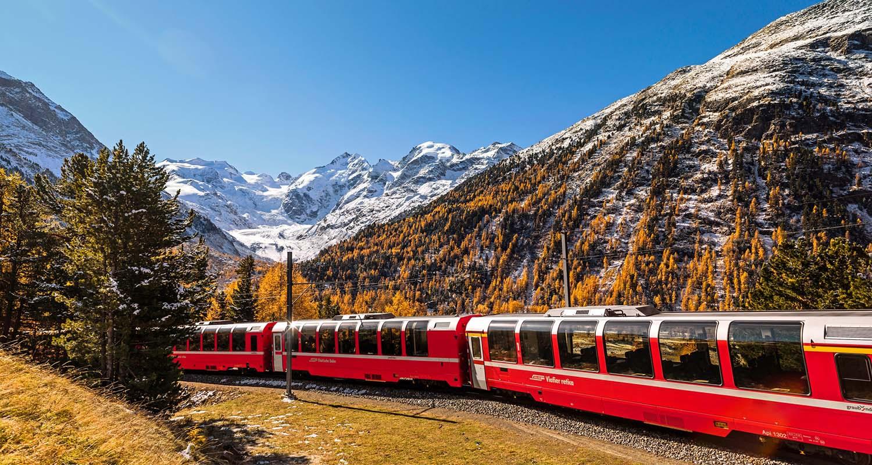 Mit dem Panoramazug die Schweizer Alpen entdecken