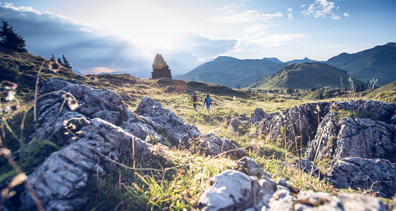 Wandern Aussicht Kitzbuehel Sommer Grasberge (c) Kitzbuehel Tourismus (5)