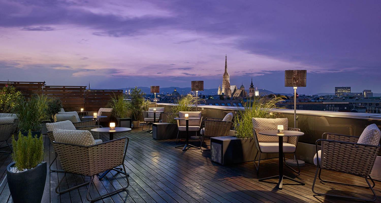 vierz-rooftop-bar-50728413