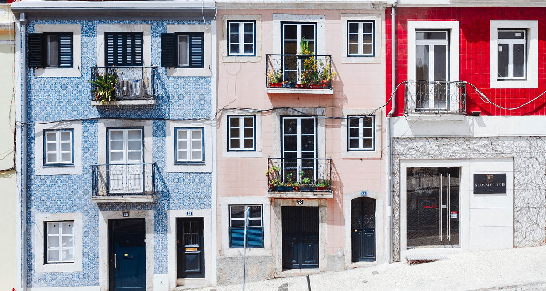 Das sind die schönsten Rooftop-Bars in Lissabon