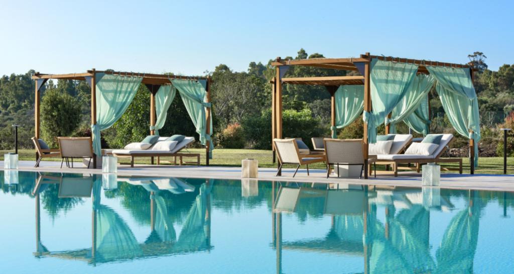 Neues Luxushotel auf Sardinien Baglioni Pool